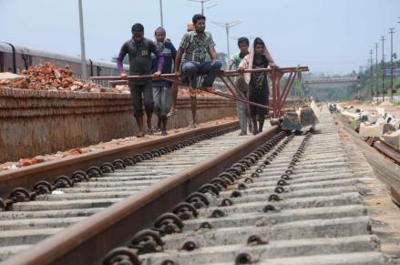 28-05-15 Tripura- Agartala-Badarpur route (2).jpg